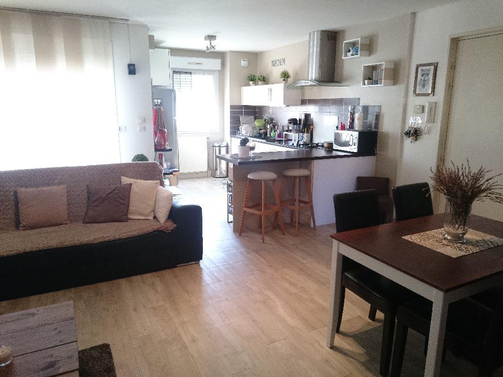 dsc 2250 smallc immobili re du rocher. Black Bedroom Furniture Sets. Home Design Ideas