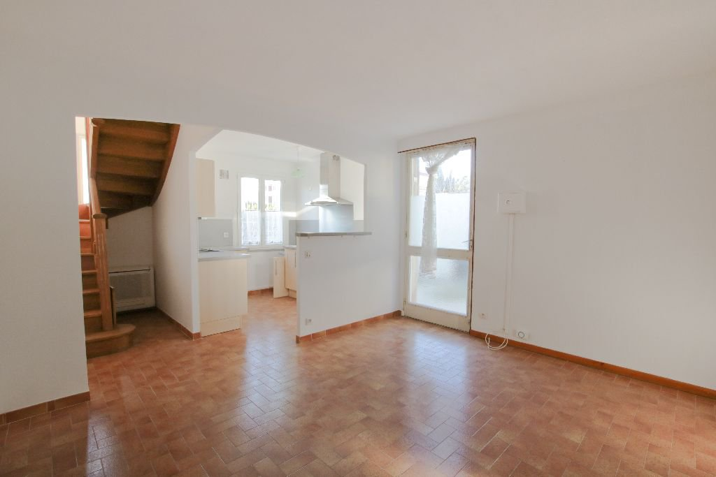 APPARTEMENT T3 VITROLLES VILLAGE